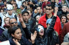 تصدر عنصر الشباب الحركات الاجتماعية الاحتجاجية
