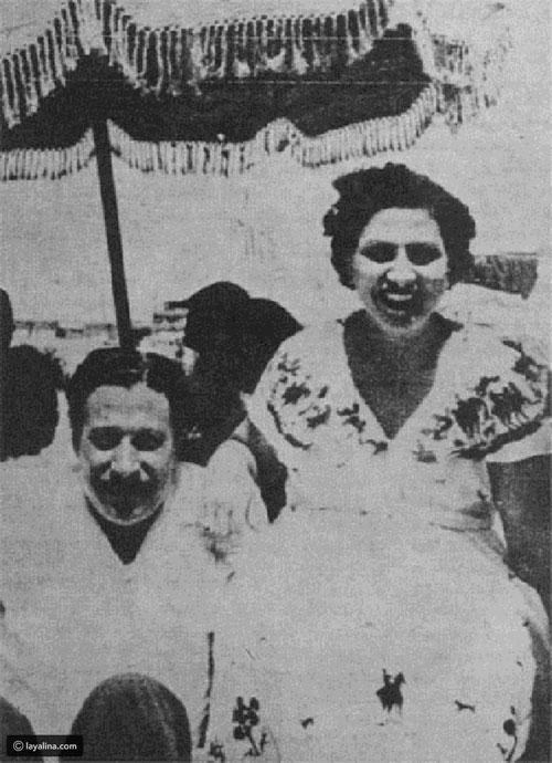 مع زوجته الأولى فتحية شريف