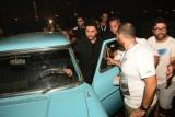 تامر حسني يدخل الحفل بسيارة