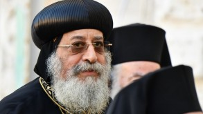 مصر: البابا تواضروس بطريرك الكنيسة القبطية الأرثوذكسية يغلق حسابه بموقع فيسبوك لتفادي
