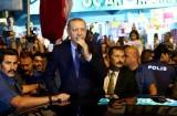 أردوغان: لهم دولاراتهم ولنا ربنا وشعبنا !