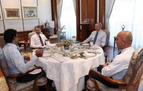 جانب من اجتماع اردوغان وتميم بحضور (كبيري) المال والخزائن