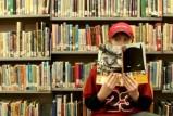 مواقع التواصل الاجتماعي تهدد المطالعة بالإنقراض