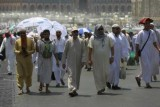 مليونا مسلم يبدأون مناسك الحج في مكة