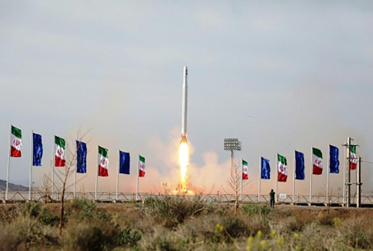 قال الحرس الثوري الايراني إنه نجح في إطلاق قمر صناعي عسكري يوم الأربعاء الماضي. أ ف ب