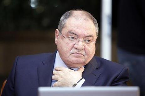 وزير الدفاع اللبناني فايز غصن