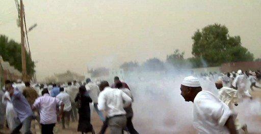 الافراج عن ثلاثة ناشطين سودانيين اكد ذووهم انهم تعرضوا للتعذيب