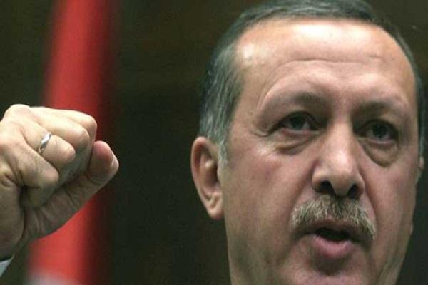 """المعارضة التركية: أردوغان يعاني من """"داء البذاءة"""""""