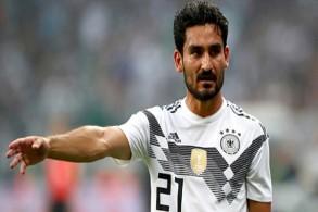 غوندوغان سيواصل مشواره مع المنتخب الألماني رغم الجدل