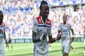 ليون يبدأ الموسم بفوز سهل على أميان في الدوري الفرنسي
