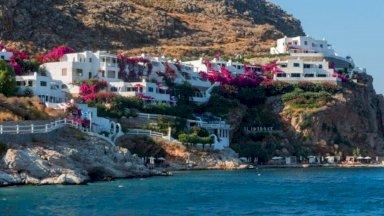 بلدات يونانية مهجورة تستيقظ لاستقبال السياح