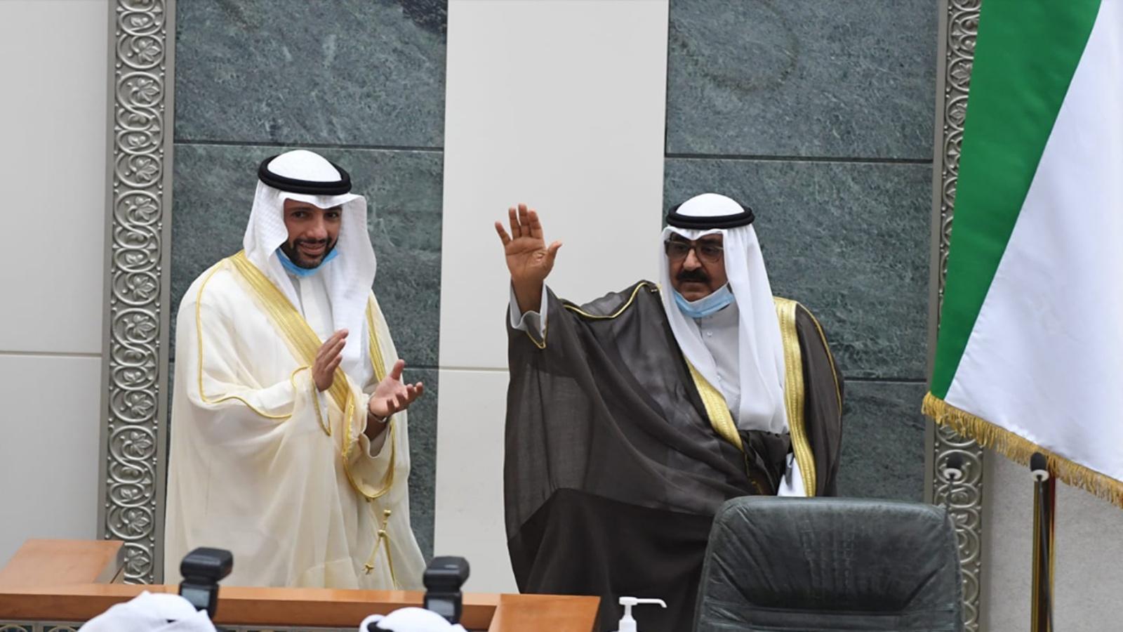 السعودية نيوز |  الشيخ مشعل الأحمد الصباح يؤدي اليمين الدستورية