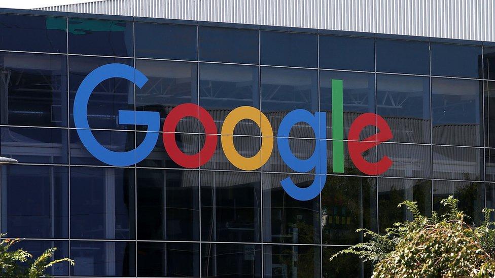 عمل السيد دامور في مقر شركة غوغل، في ماونتن فيو بولاية كاليفورنيا