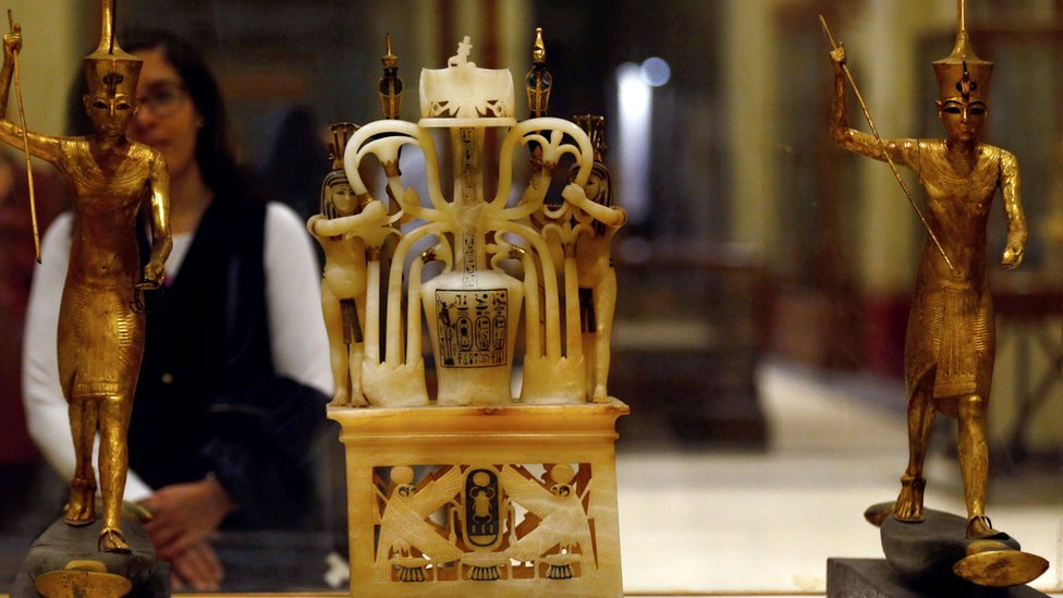 العديد من القطع الأثرية المصرية الشهيرة موجودة خارج مصر
