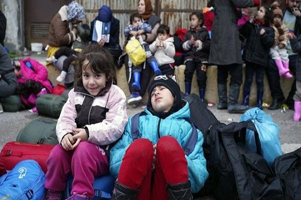 قال التقرير إن بعض الأطفال يلجأون إلى إدمان المخدرات للتكيف مع الظروف المتردية في معسكرات اللجوء
