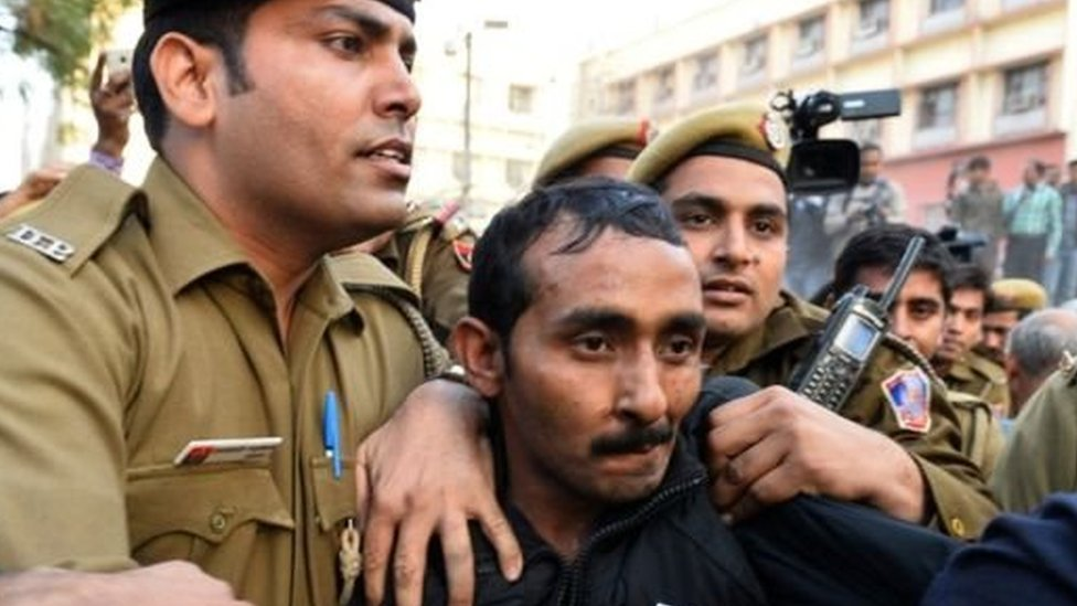 سائق أوبر شيف كومار ياداف صدر ضده حكم بالسجن مدى الحياة لاغتصابه امرأة من دلهي تبلغ من العمر 26 عاما