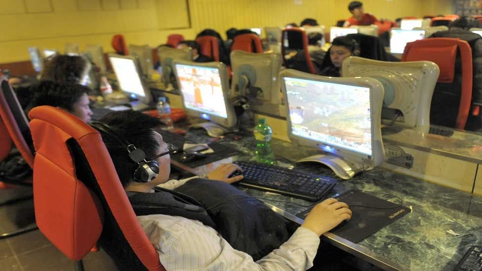 الصينيون يواجهون العديد من القيود على ما يفعلونه أو يقولونه عبر الانترنت