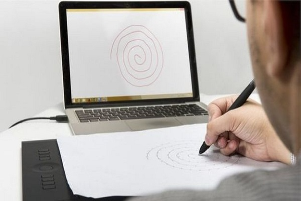 يمكن الاستدلال من سرعة الرسم وضغط القلم على الإصابة بالمرض ومدى حدة الأعراض