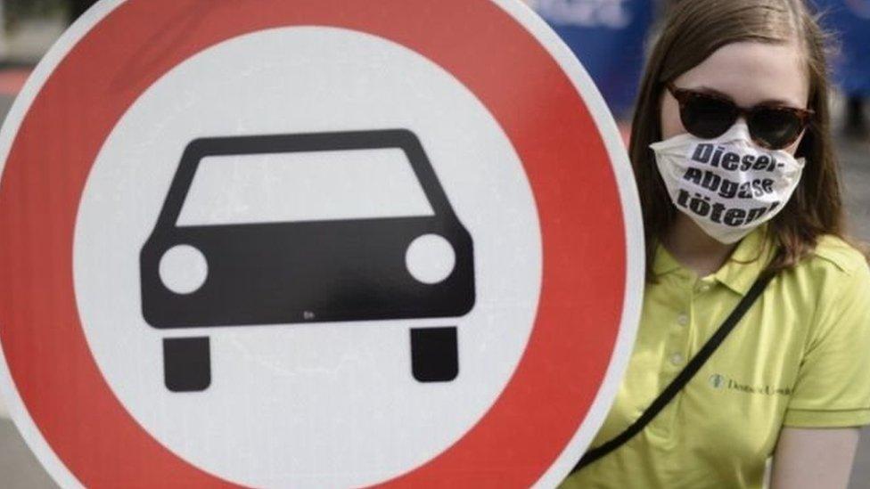 الشركات الألمانية تعرضت لفضيحة مدمرة بسبب الغش في اختبارات عوادم السيارات