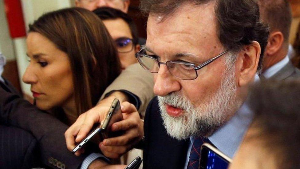 رئيس الوزراء الإسباني، ماريانو راخوي، يزور كتالونيا لأول مرة منذ فرض الحكم المباشر على الإقليم