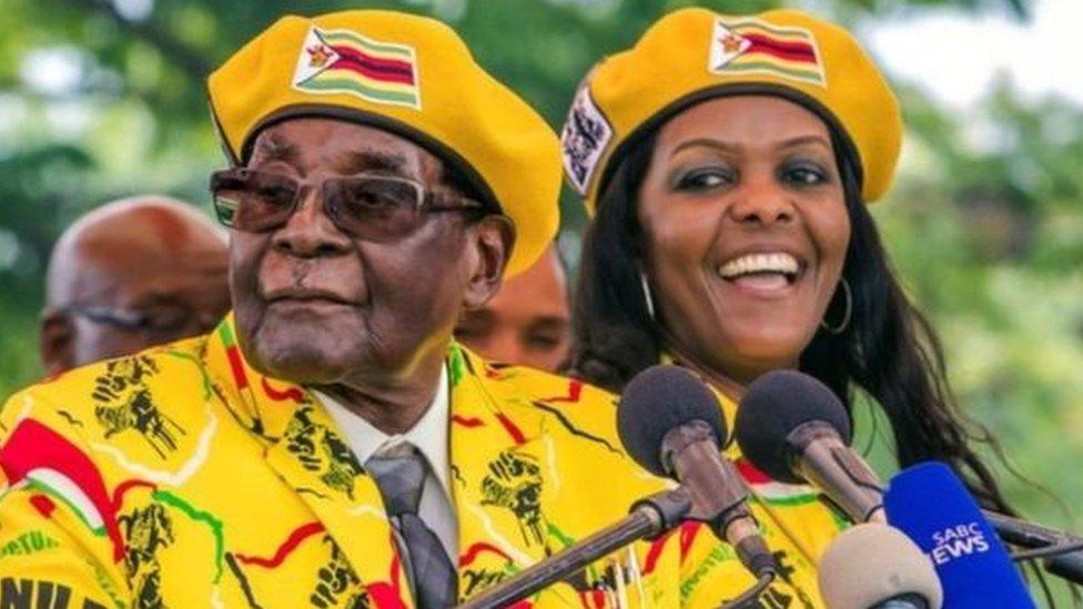 الكثير من سكان هراري أبدو ارتياحا لتحرك الجيش وإزاحة موغابي من منصبه