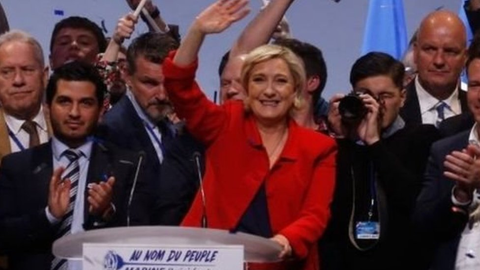 تتصدر مارين لو بان، مرشحة اليمين المتطرف، استطلاعات الرأي للانتخابات الرئاسية الفرنسية