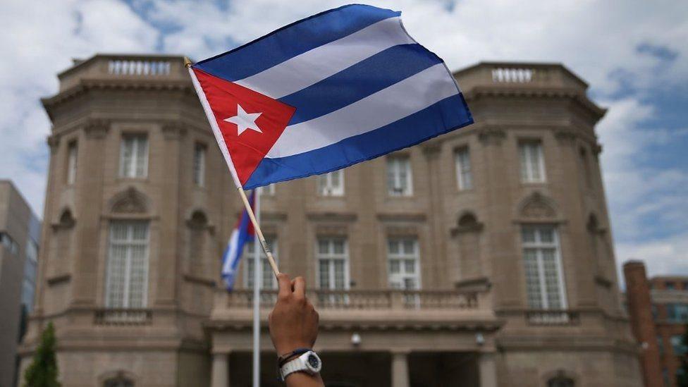 طُلب من اثنين من الدبلوماسيين الكوبيين مغادرة الولايات المتحدة