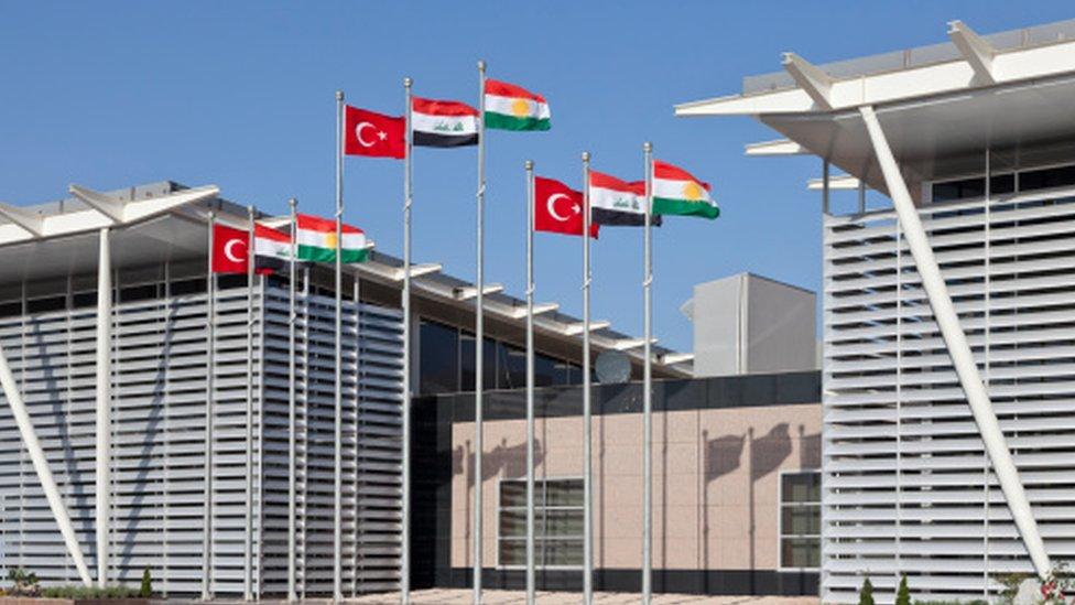 حكومة العراق تمهل كردستان 3 أيام لتسليمها إدارة المطارات