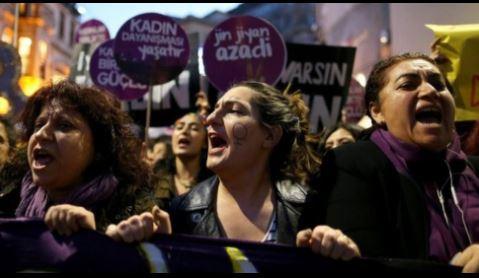 غضب في تركيا بعد إقرار مؤسسة دينية بزواج الفتيات في سن التاسعة