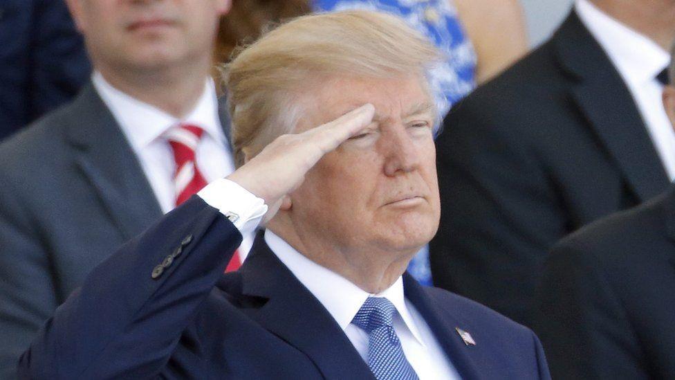الرئيس الأمريكي انبهر بالعرض الذي شاهده في الشانزليزيه في باريس