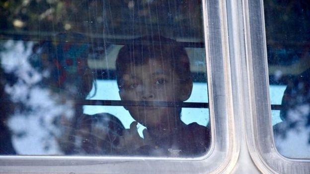 الأطفال المهاجرون في أمريكا: أكثر من 700 لا يزالون مفصولين عن عائلاتهم
