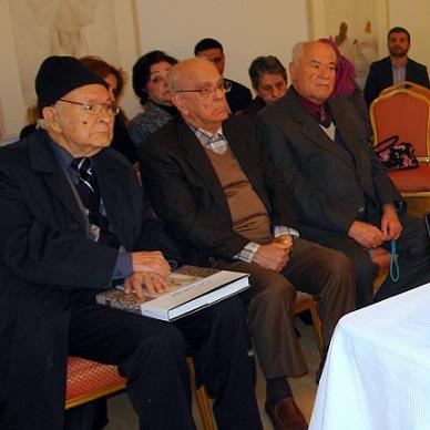 المؤلف في احدى الفعاليات الثقافية بعمان الأردن