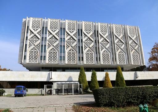 متحف لينين؛ متحف تاريخ اوزبكستان الآن، المعمار: (يفغيني روزانوف وغيره)، 1970، طشقند/ اوزبكستان، منظر عام.