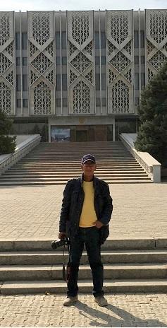 متحف لينين؛ متحف تاريخ اوزبكستان الآن، المعمار: (يفغيني روزانوف وغيره)، 1970، طشقند/ اوزبكستان، تفصيل.