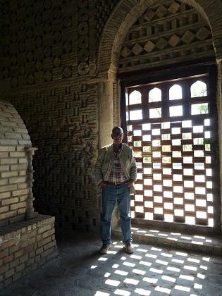مشهد اسماعيل الساماني (892 -907)، بخارى. تفصيل في الفضاء الداخلي