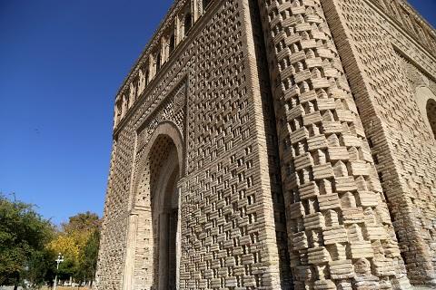 مشهد اسماعيل الساماني (892 -907)، بخارى. تفصيل في جدار خارجي