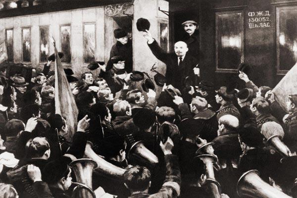 قطار أقلّ لينين إلى سانت بطرسبرغ... ومجد اسلطة