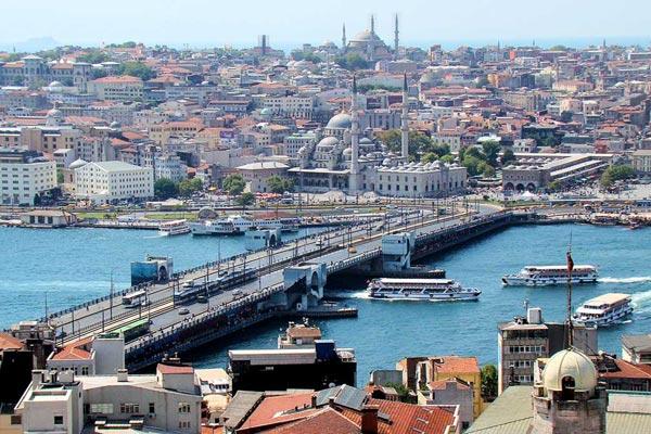في اسطنبول ملتقى الشرق والغرب