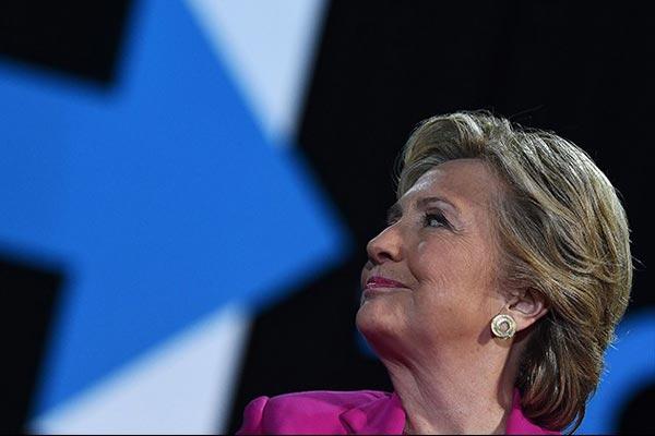 حملة هيلاري اعتمدات استراتيجية خاطئة وفشلت في تصويب مسارها
