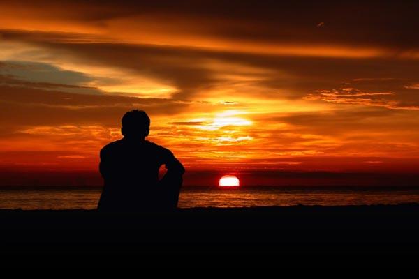عقد نفسية قد تدفع الرجل إلى اختيار الوحدة