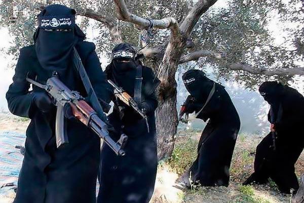 أوروبا تواجه كابوس العائدين من سوريا والعراق