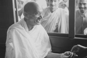 مهاتما غاندي
