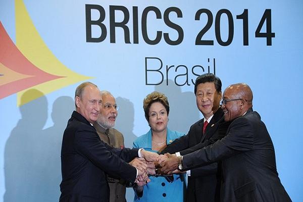 لقطة تذكارية لقادة بريكس بختام قمتهم في البرازيل