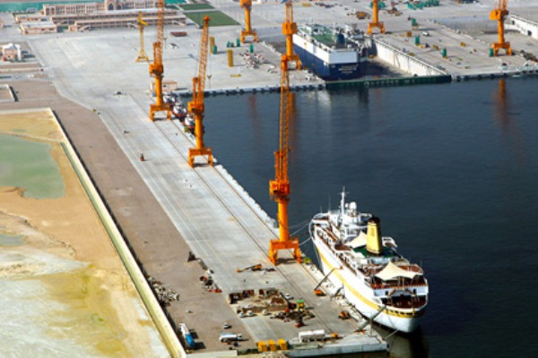 مسقط: إتفاقية لإنشاء مدينة صناعية صينية في الدقم