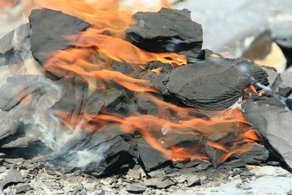 الجزائر تستأنف عمليات استغلال الغاز الصخري
