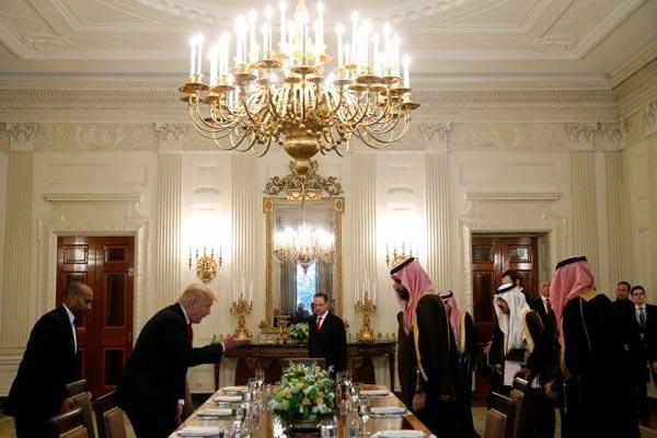 مأدبة غداء في البيت الأبيض على شرف الأمير السعودي