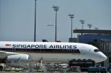 خطوط سنغافورة تعرض على موظفيها إجازة غير مدفوعة لمواجهة صعوباتها
