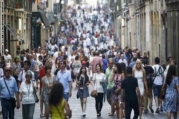 اسبانيا تصبح ثاني وجهة سياحية في العالم