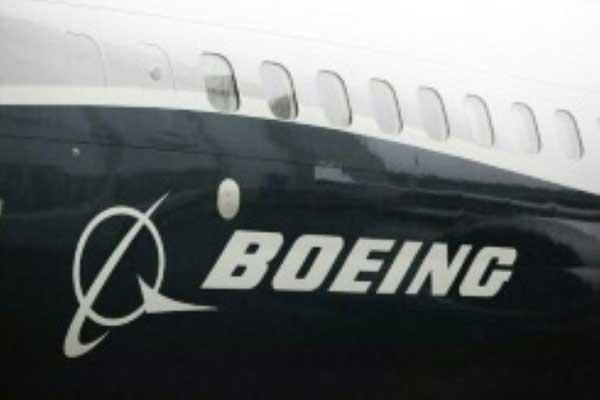 شعار بوينغ على طائرة 737 ماكس 9 في مصنع رينتون في واشنطن بتاريخ 7 مارس 2017