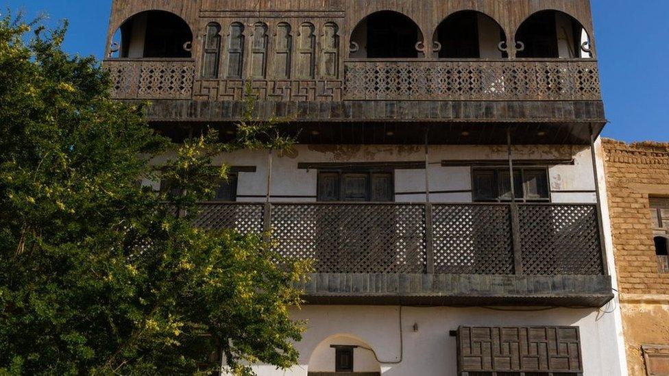 السعودية نيوز |  من هو لورانس العرب الذي حولت السعودية منزله متحفاً؟